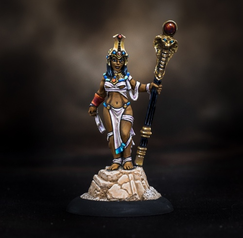 03854 Female Mummy Queen