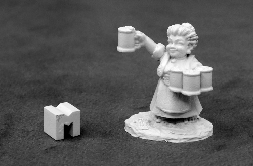 03932 Poppy Cloverlocks, Halfling Barmaid