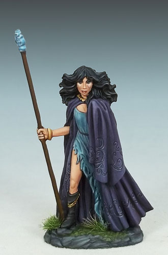 DSM1189 Female Mage w/Staff #2